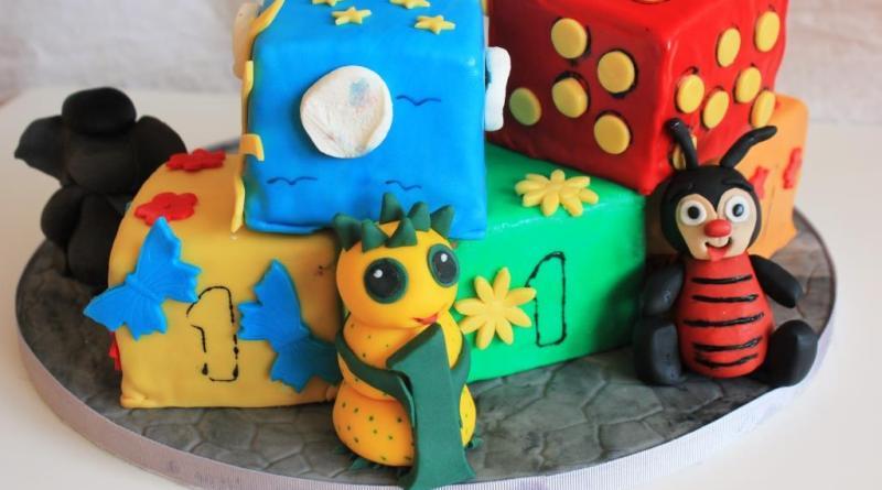 Torte, Motivtorte, Kindergeburtstag, Kindergeburtstag Torte, Würfel Torte, Giraffe, Elefant, 1. Geburtstag, erster Geburtstag