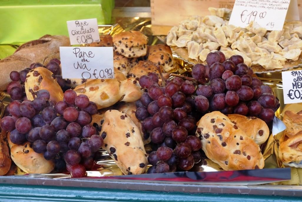 bergamo-grape-eat-italya-milano-kucukmartha-gezi