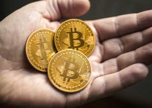 merită să exploatezi astăzi bitcoini?