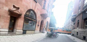 Kudos centralt spårvagn Tyska torget Rådhuset