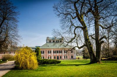 Pałac-Zamek w Ratiborice