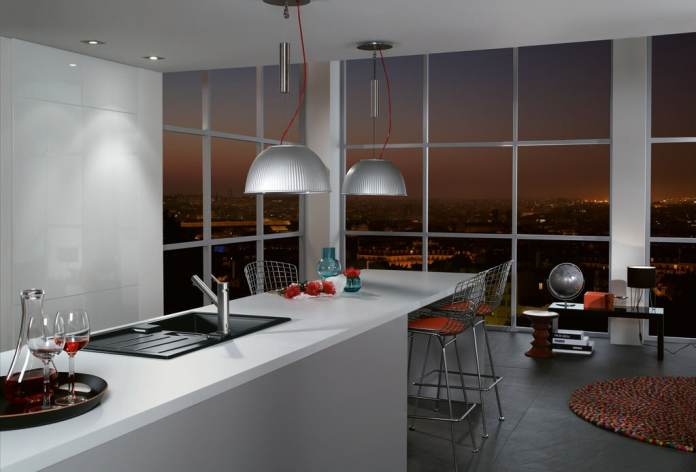 With glass fronts, elegant kitchen spaces can be created that exude timelessness.  (Photo: Villeroy & Boch)