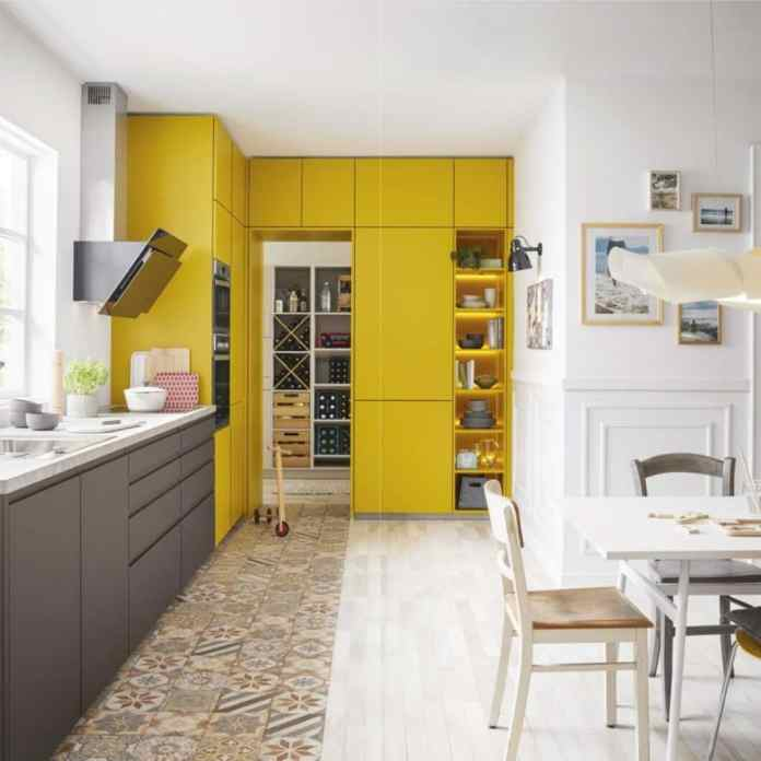 "Loud, colorful, cheerful: Schüller Küchen stood with its previous one ""Color Concept"" always for colorful family kitchens.  There were around 30 colors to choose from for lacquer kitchens.  (Photo: Schüller)"