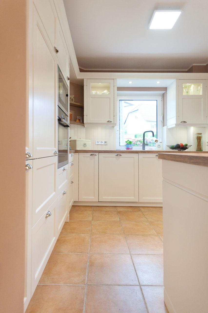 Moderne Landhauskuche Weiss Klassische Landhauskuchen Und Englische