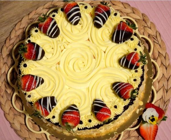 Erdbeer-Vanille-Torte B5
