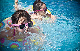 Schwimmbad Watt'n Bad