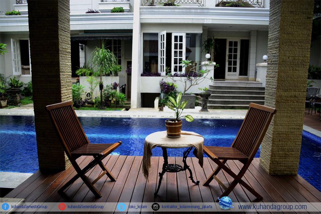 kolam rumah pribadi