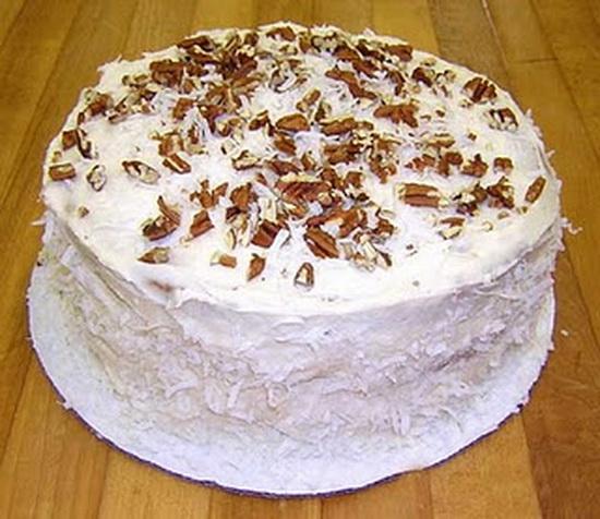 Slikovni rezultat za torta sa šlagom