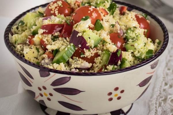 Mediteranska salata sa kus-kusom / Mediterranean salad with couscous