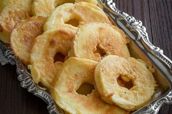 Jabuke u šlafroku / Domestic fried apples