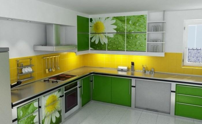 Яркая угловая кухня