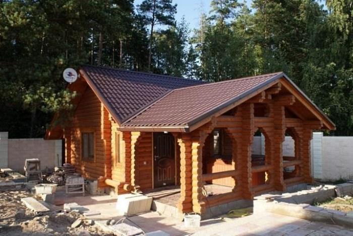Летняя кухня с баней из бруса