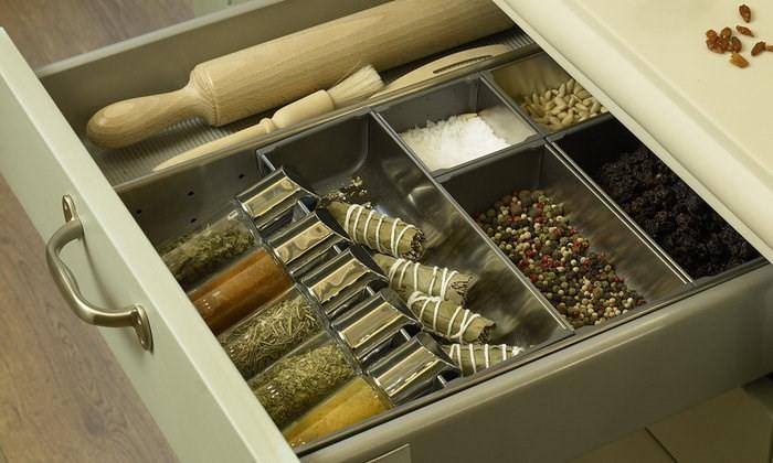 Порядок в кухонных шкафах