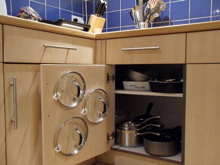 Хранение крышек, крупной посуды и жаропрочных форм