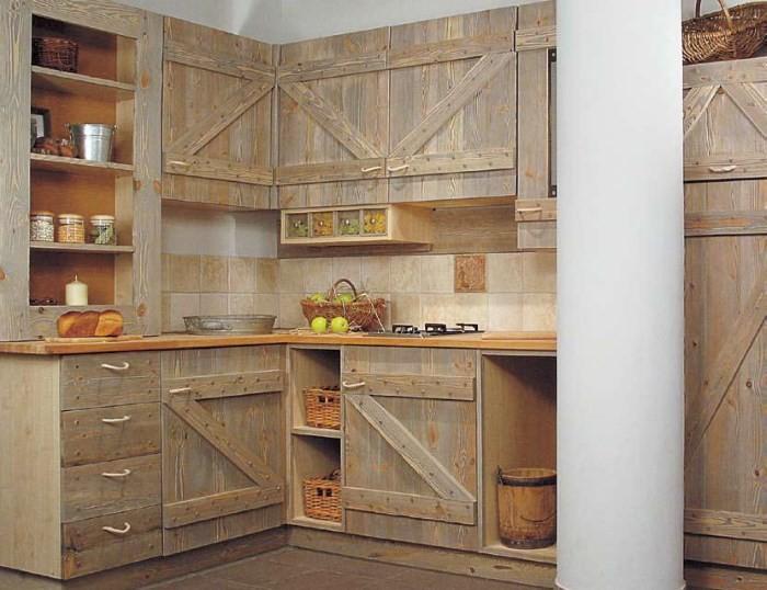 Самодельный кухонный гарнитур на даче