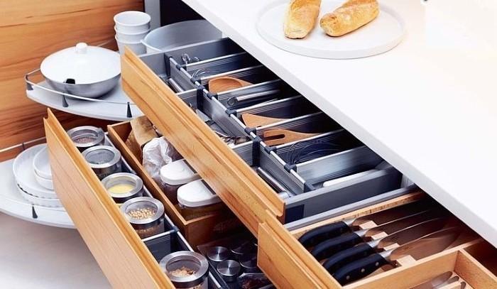 Удобные ящики на кухне