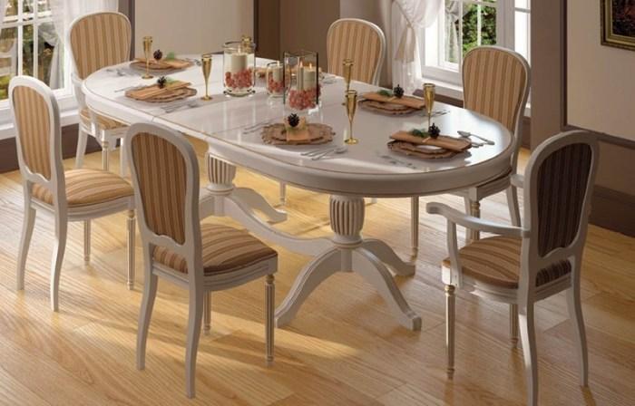 Овальный стол на кухне