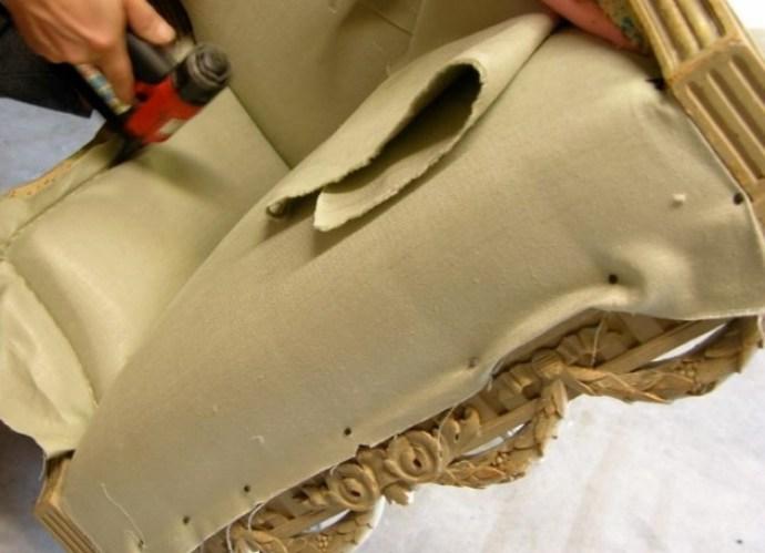 Крепление ткани на мягкую мебель