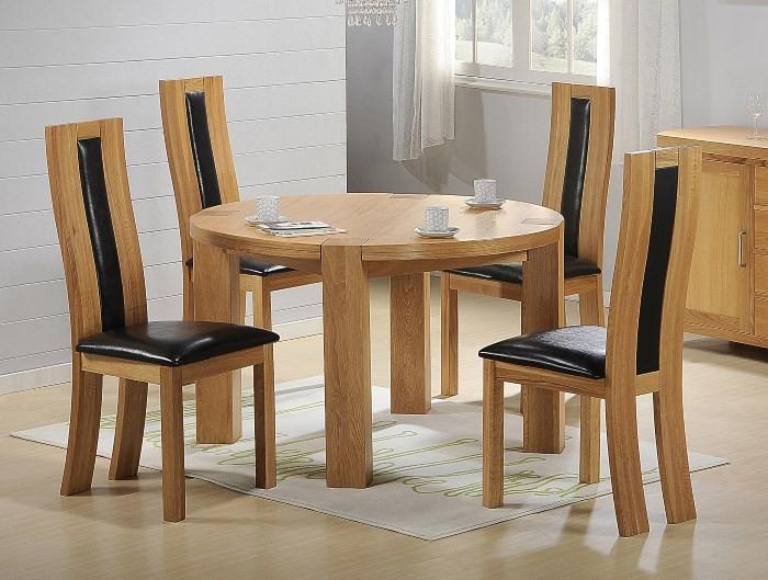 Деревянный круглый стол