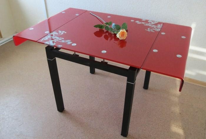 Стеклянный раскладной стол