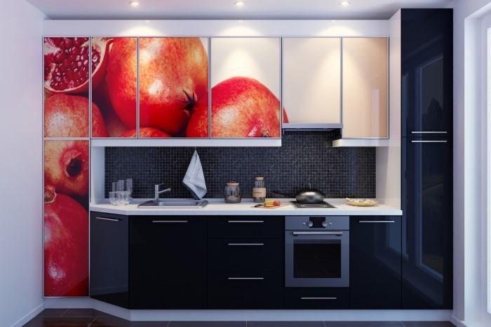 Кухня с нанесенной фотопечатью