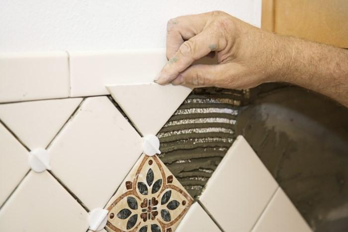 Укладка керамического фартука