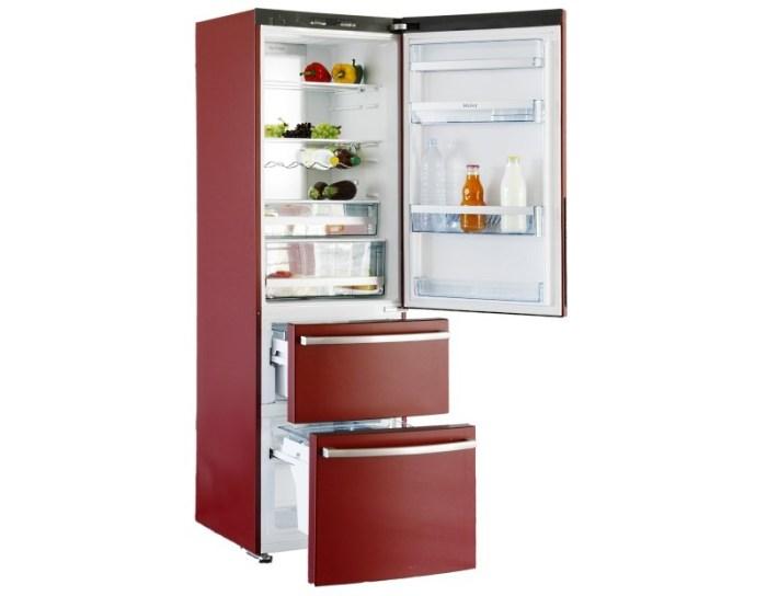 Холодильник красный