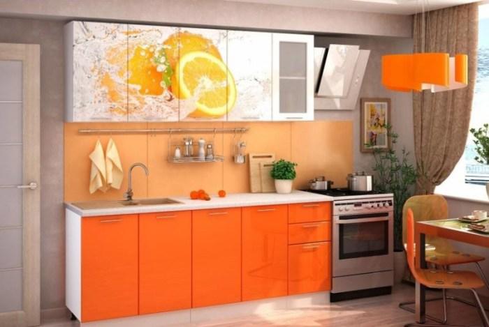 Верхние фасады кухни с изображением апельсинов