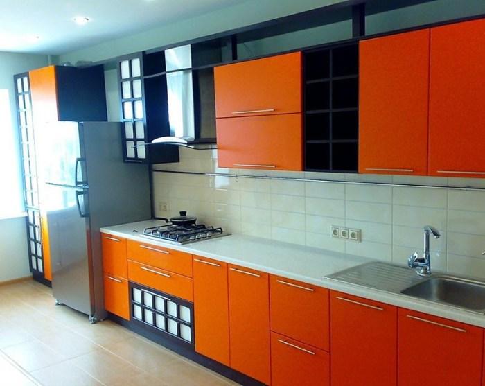 Три цвета в дизайне кухни