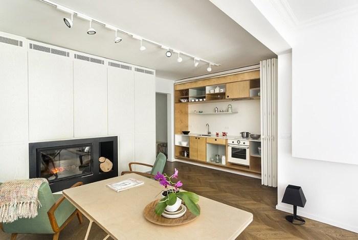 Кухня-ниша с дверью гармошкой