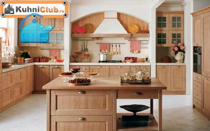 Кухня-из-беленого-дуба-в-стиле-кантри