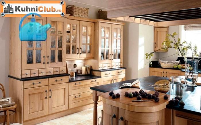 Кухня-из-беленого-дуба-в-винтажном-стиле