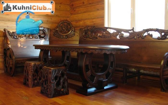 Резная-деревянная-скамейка