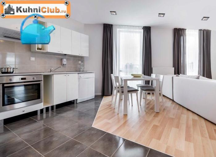 Сочетание-ламината-и-плитки-на-полу-кухни