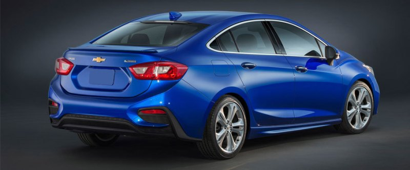 Chevrolet-Cruze-2016-new-rear-angle-view