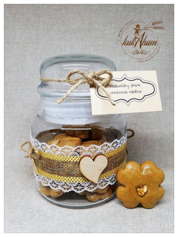 Pohár orechové medovníčky