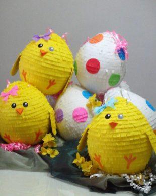 pilići i uskršnja jaja