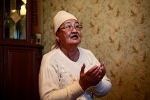 """HELPER: Many citzens around Zhanaozen and the region nearby began to help the strikers by organizing food and funding families of the strikers. Aluash Ungarova, 64, had no relatives working for oil companies, but she began actively to support the strikers in honor of men. """"I could not just look at how desperate they looked like, they needed moral support and I brought it to them."""""""