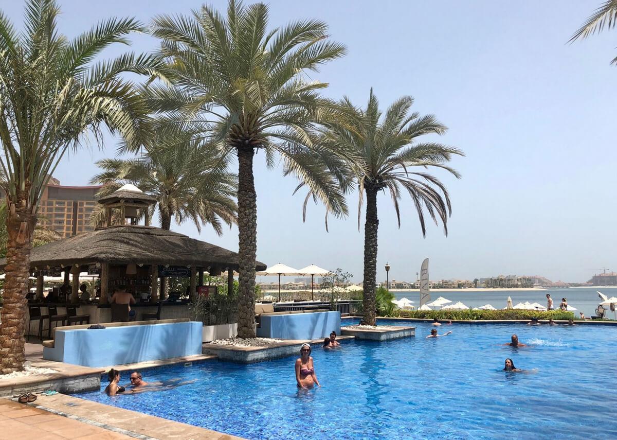 RIVA – первый в Дубае автономный пляжный клуб