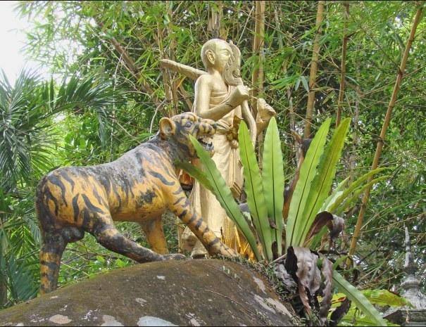 Statues in Kulen Park