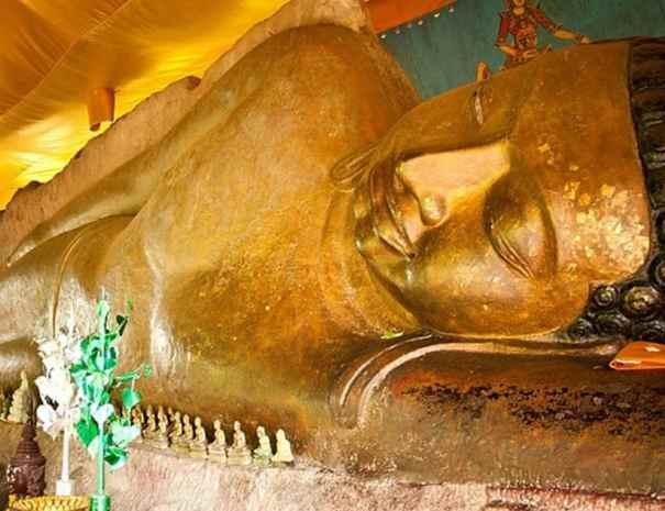 Reclining Buddha - Siem Reap, Cambodia