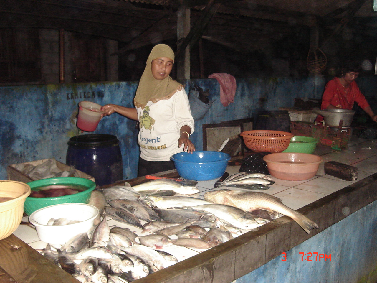 penjual-ikan