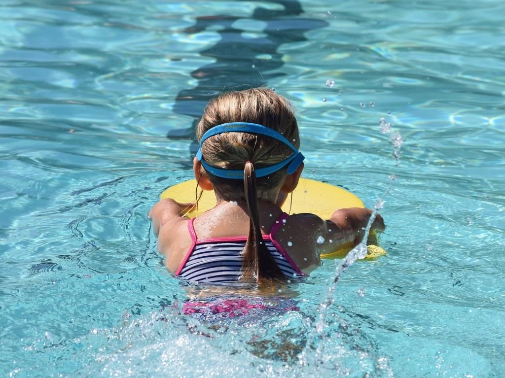 Schwimmkurs mit 6 Jahren