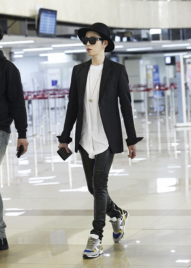 Junghyun Airport Fashion