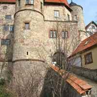 Eiserne Ritterromantik und eine junge Adelsfamilie