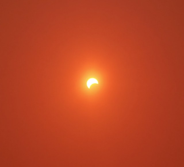 A picture of the solar eclipse