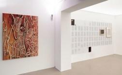 Antje Majewski links: Kleine Passagen (1), 2019 Öl auf Leinwand 160 x 120 cm © Antje Majewski / VG Bild-Kunst, Bonn 2020 Courtesy the artist and neugerriemschneider Berlin Foto: ERES-Stiftung, Thomas Dashuber