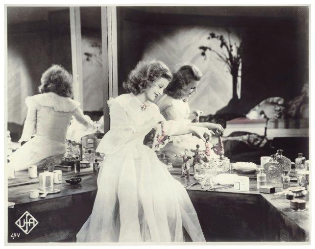 """Lilian Harvey in """"Die Drei von der Tankstelle"""" 1930"""