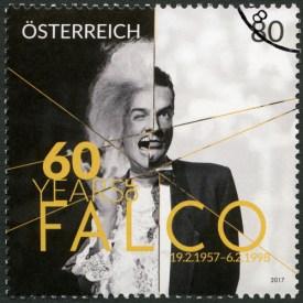 Briefmarke zu Ehre des Falken © Olga Popova / Shutterstock.com