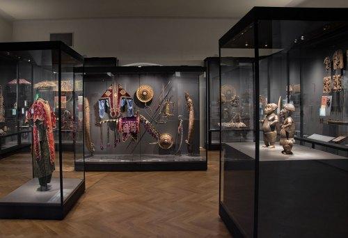 """Einblick Saal """"Benin und Äthiopien. Kunst, Macht, Widerstand"""" Copyright: KHM-Museumsverband"""